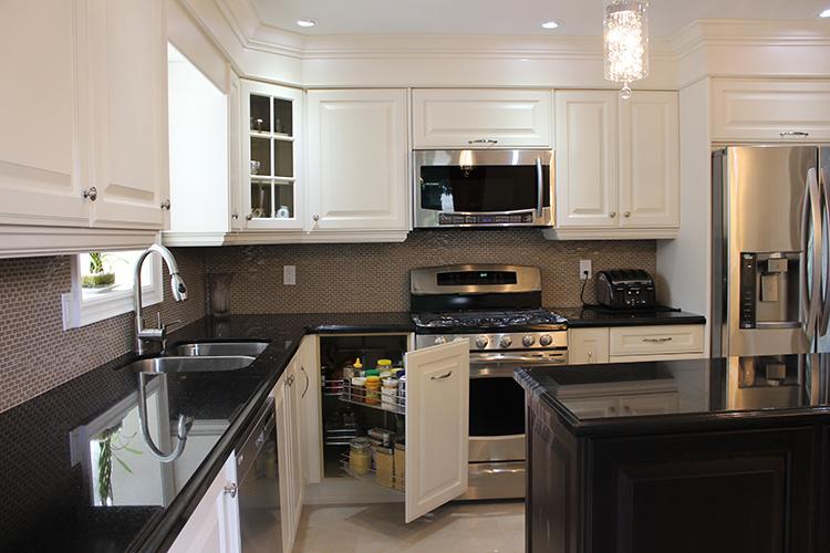 toronto and thornhill custom transitional kitchen design. Black Bedroom Furniture Sets. Home Design Ideas