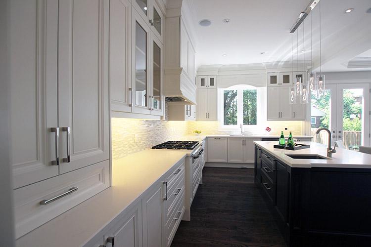 Toronto and thornhill custom transitional kitchen design for Kitchen designs toronto