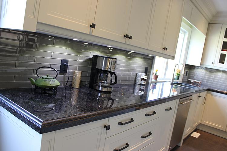 Georges Angola Black Granite Countertop Taupe Glass Backsplash Mesmerizing Black Granite Countertops With Tile Backsplash Property